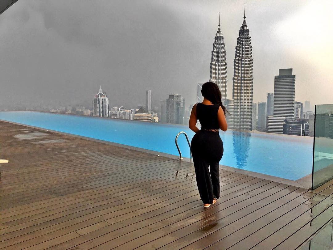 Vera Sidika perfect gadam look at that view In Malaysia