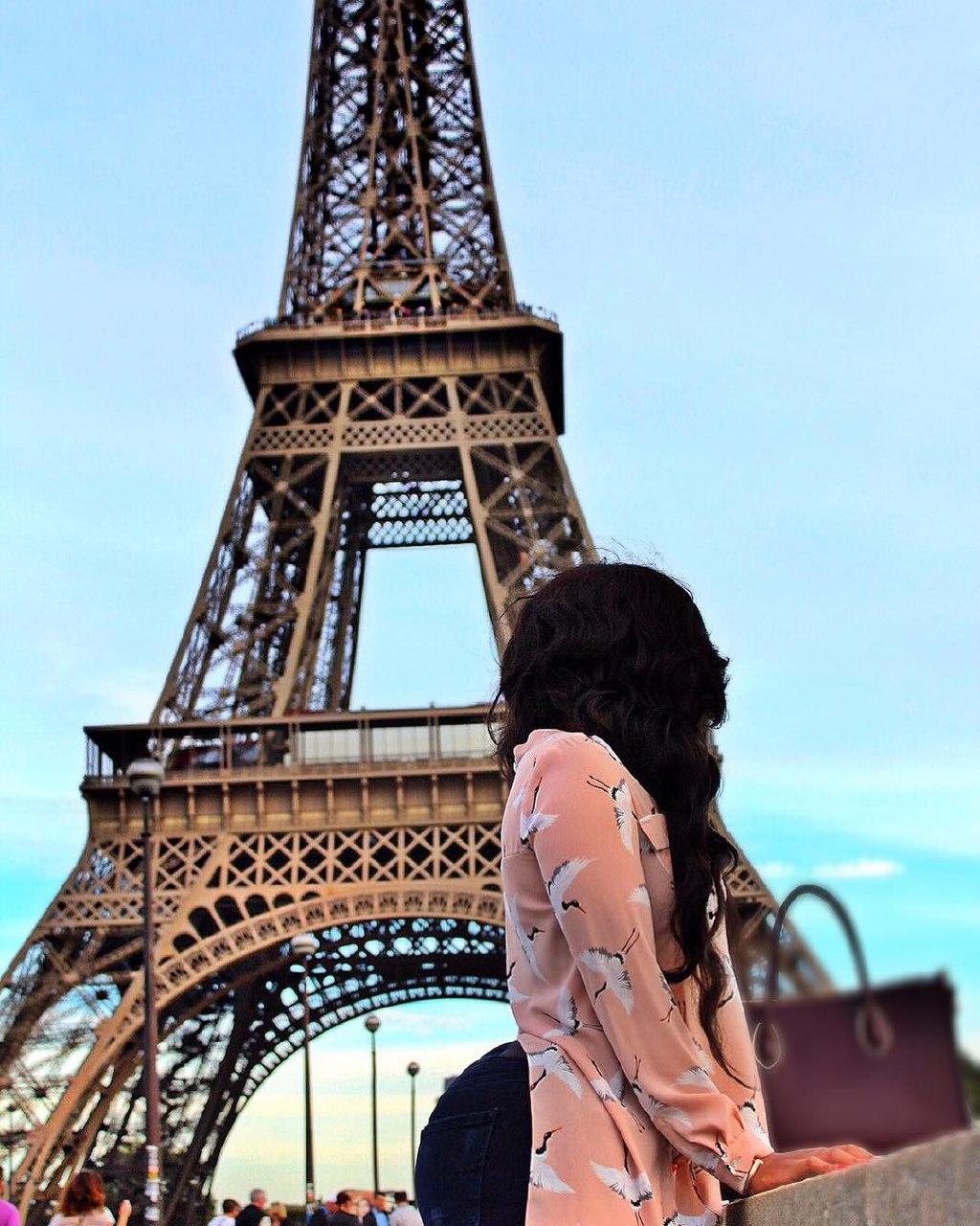 Vera Sidika in France at the Eiffel Tower