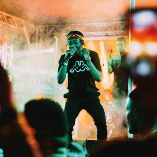 Frank Casino rocking Kappa t-shirt and training pants while performing. photo credit: Instagram/frankcasino