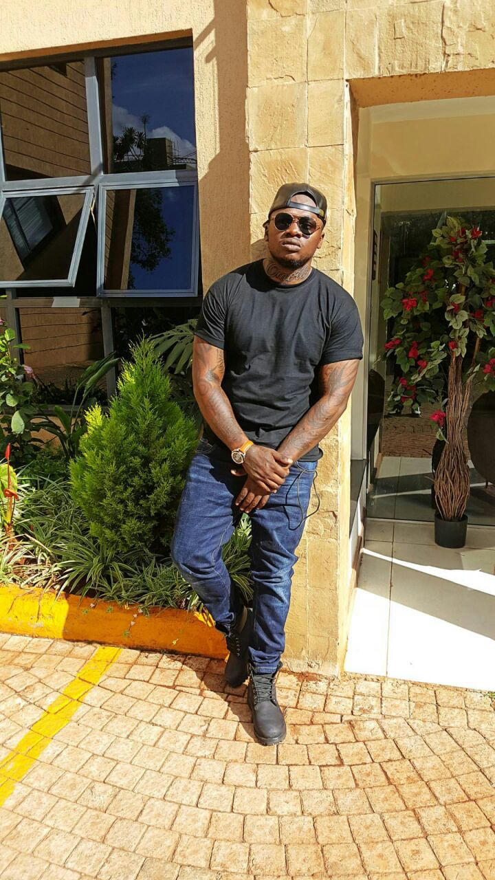 Khaligraph Jones new 'omollo' tattoo
