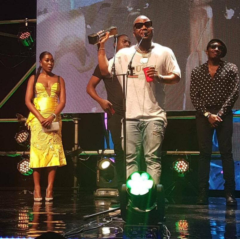 Cassper Nyovest receiving his award at the Souncity Awards 2017 in Lagos