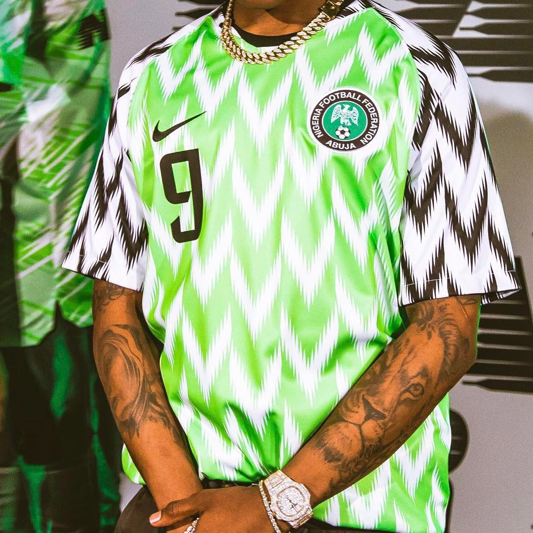 Wizkid unveiling the new jersey that will be worn by Nigerian players at the World Cup tournament in Russia. photo credit: Instagram/wizkidayo